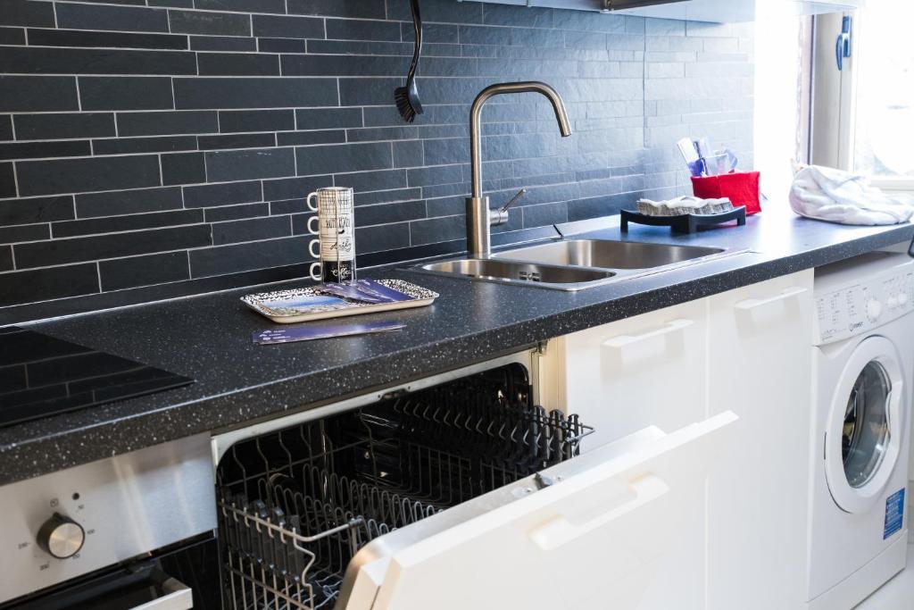 Cucine Moderne In Offerta A Salerno.Salerno Apartments Salerno Prezzi Aggiornati Per Il 2019