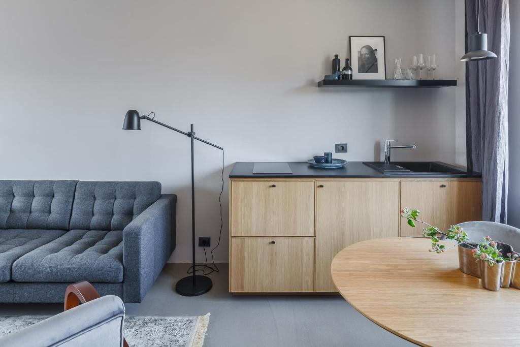 Minimalist. Apartment & Studio, Šiauliai, Lithuania ...