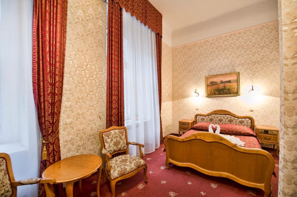 Część wypoczynkowa w obiekcie Hotel Savoy