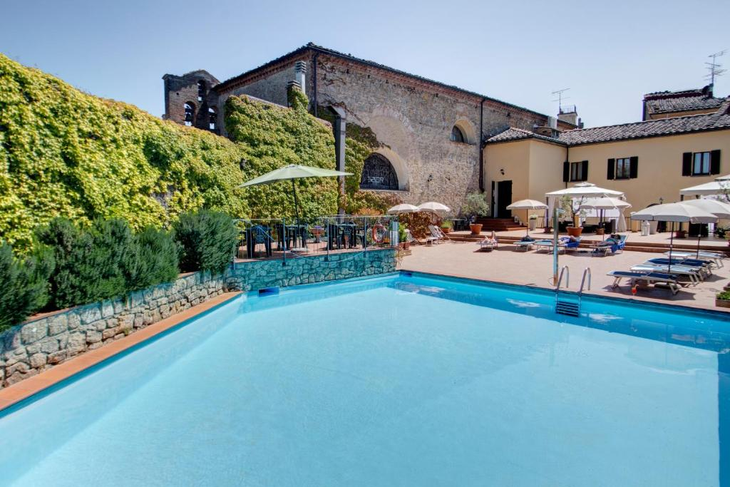 The swimming pool at or near Hotel San Lino
