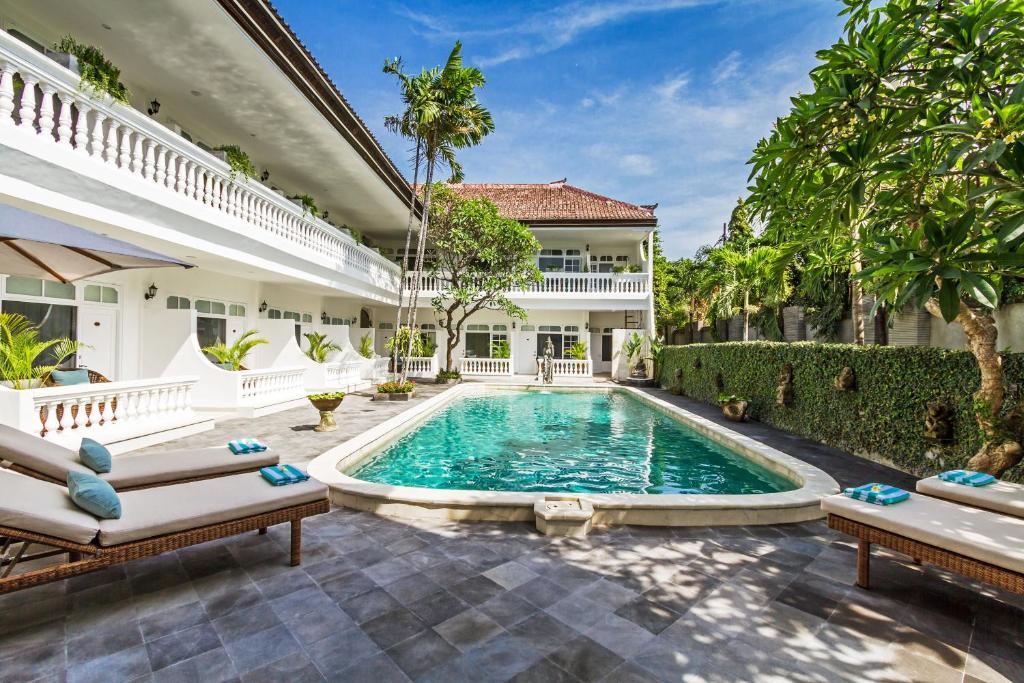The swimming pool at or near Akaya Bali