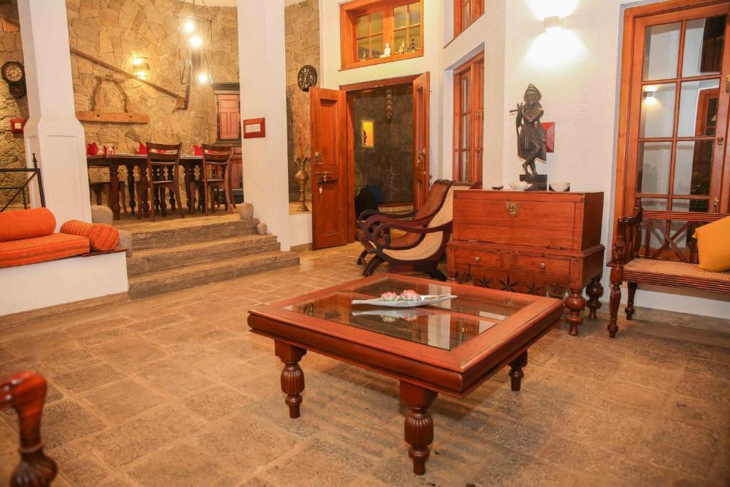 A seating area at Gruhaya Boutique Villa