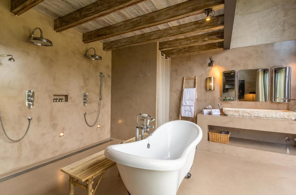 boutique hotels in girona  158