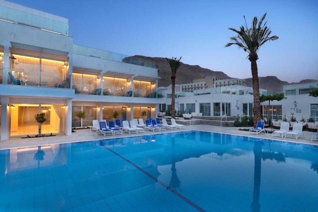 Piscine de l'établissement Milos Hotel Dead Sea ou située à proximité