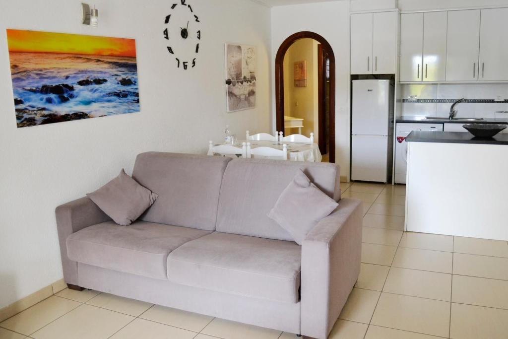 Fine Apartment Los Cristianos San Marino Tenerife Spain Machost Co Dining Chair Design Ideas Machostcouk