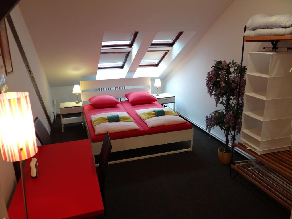Cama o camas de una habitación en Sokolska Youth Hostel