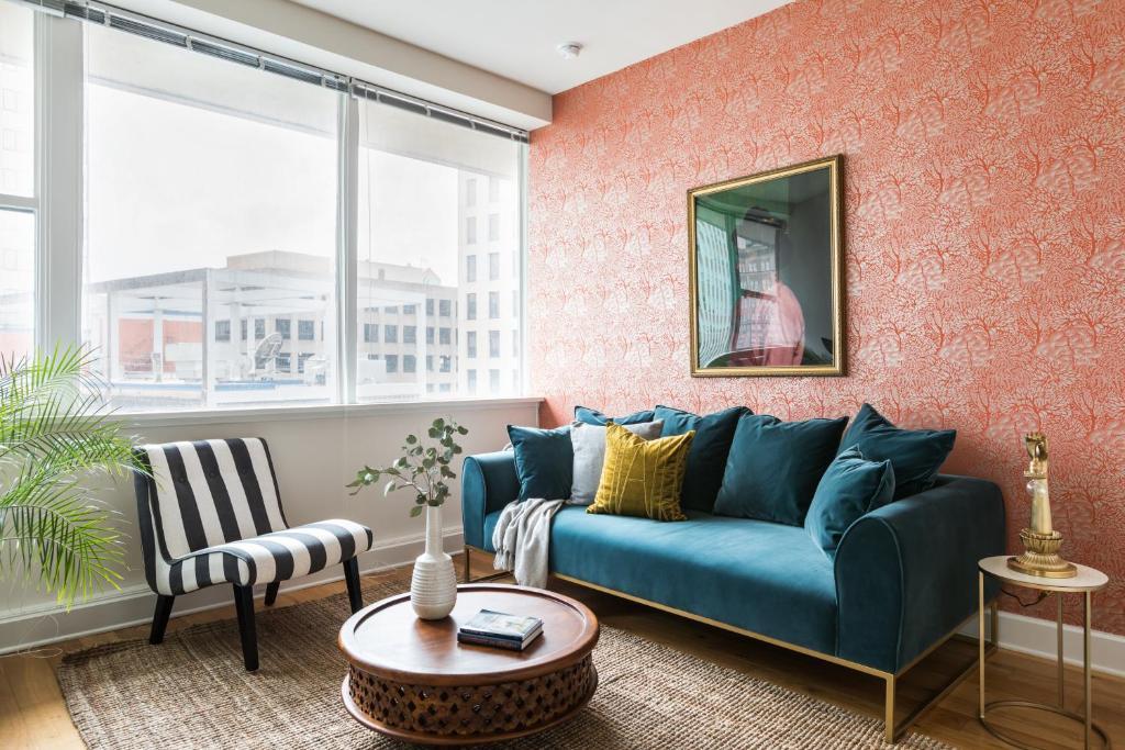 Condo Hotel Sonder — Duncan Plaza, New Orleans, LA - Booking com