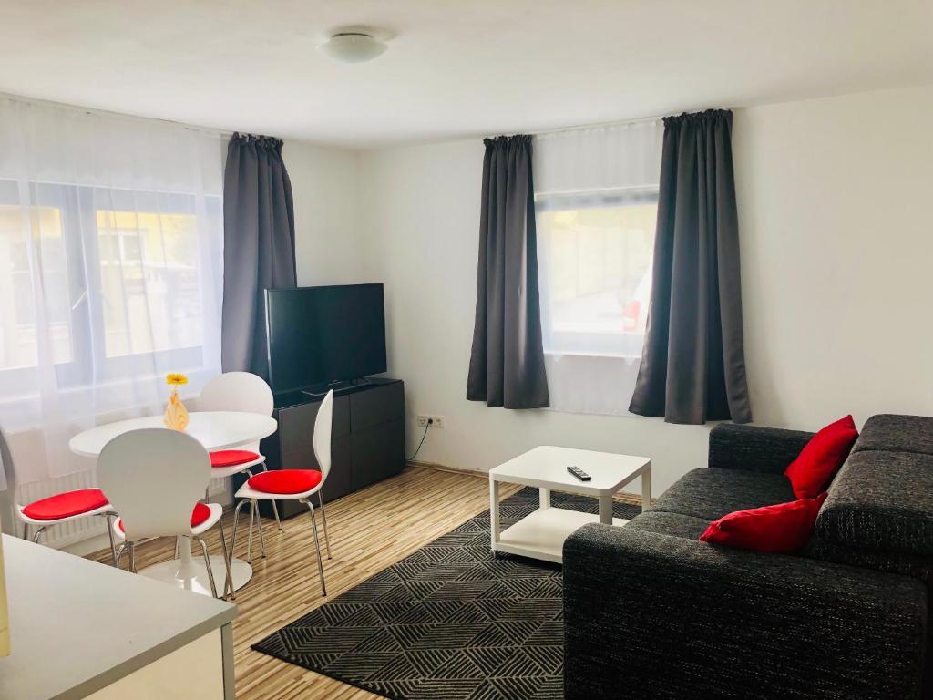 Ferienwohnung Ruhige, moderne Wohnung mit Terrasse ...