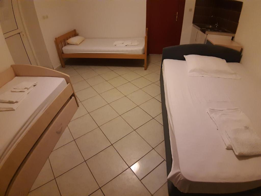 Hostel Vila Mikica