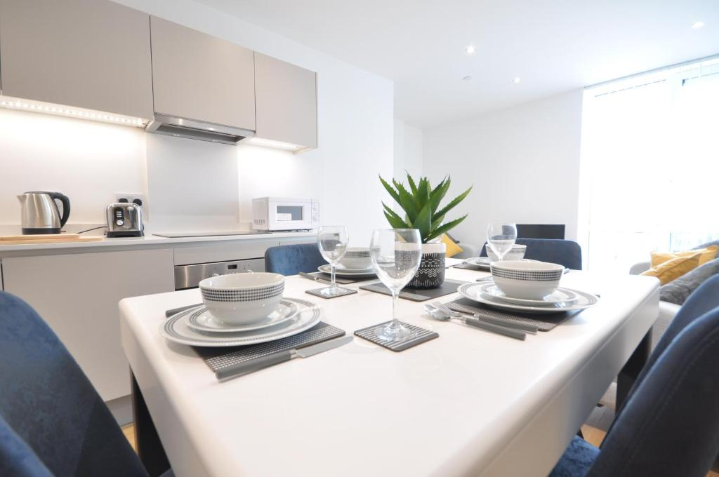 Royal Winchester House Serviced Apartment Bracknell Uk