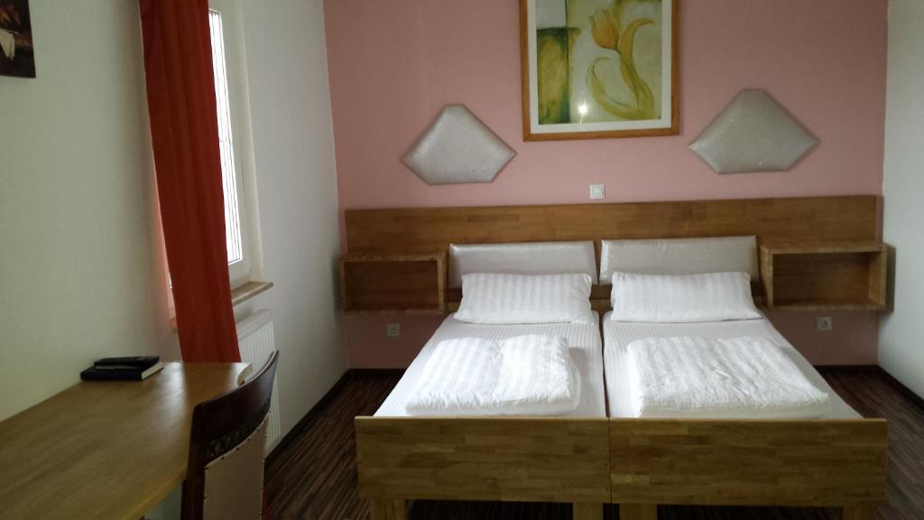 Ein Bett oder Betten in einem Zimmer der Unterkunft Hotel La Terrazza