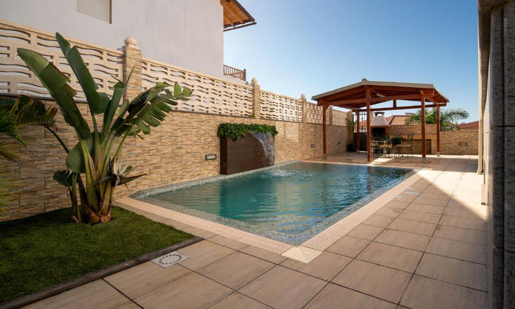 Villa, Private heated pool and jacuzzi ., Meloneras ...
