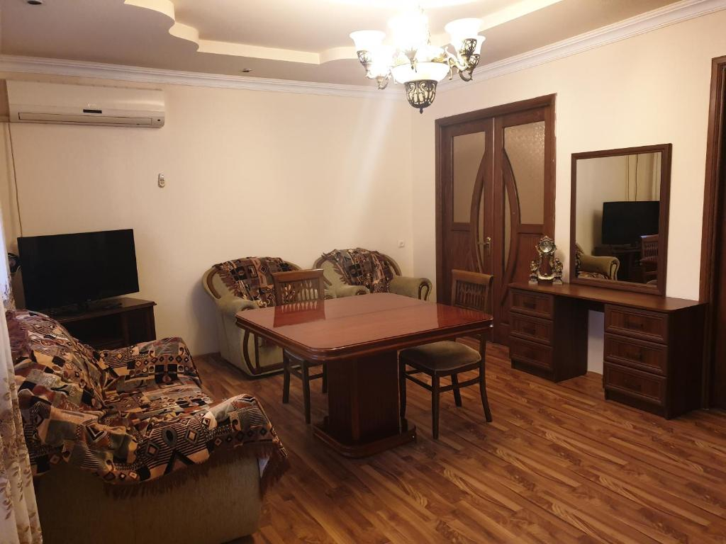 Khimshiashvili Apartment