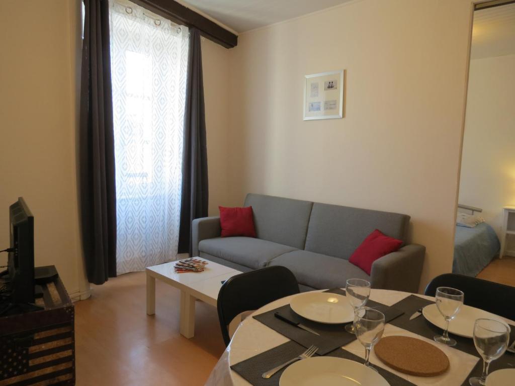Apartments In Vollore-montagne Auvergne