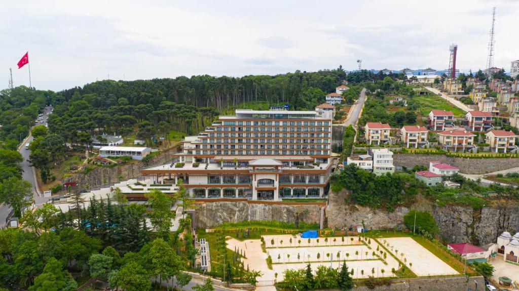 منظر Radisson Blu Hotel Trabzon من الأعلى