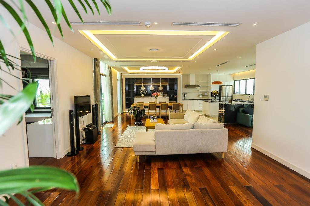 HNC Premier Hotel & Residences