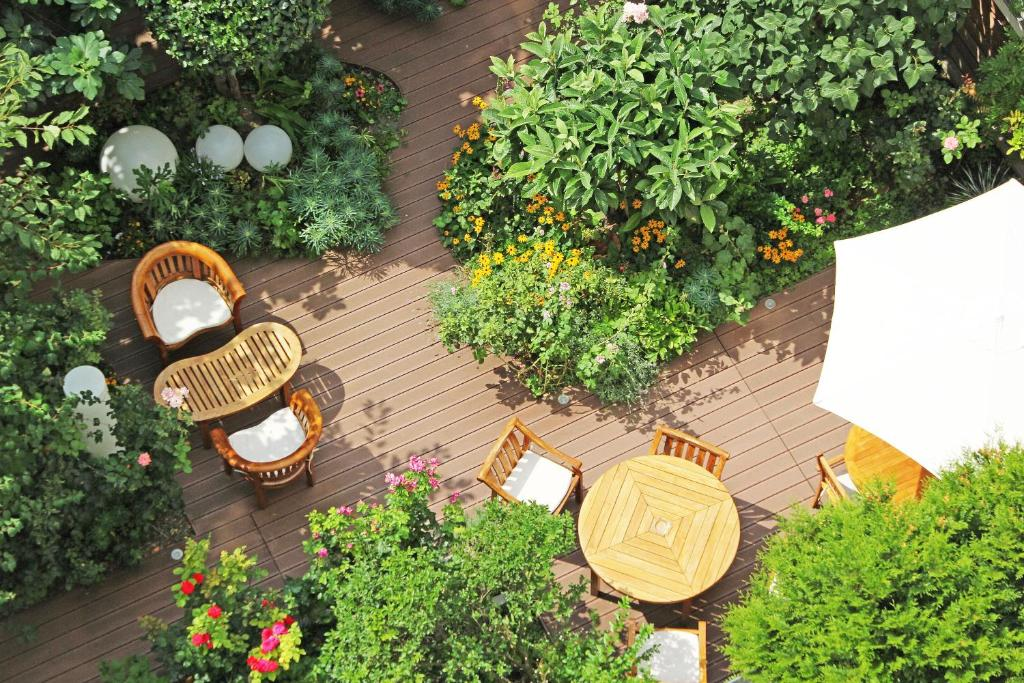 Patio o area all'aperto di Hotel Alhambra