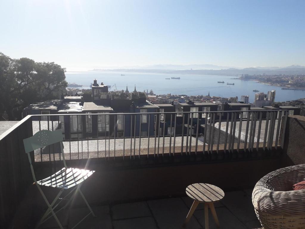 Apartment Loft Con Terraza Cerro Alegre Valparaíso Chile