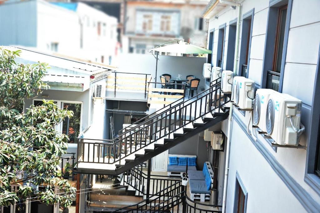 Guest House On Vaja Pshavela