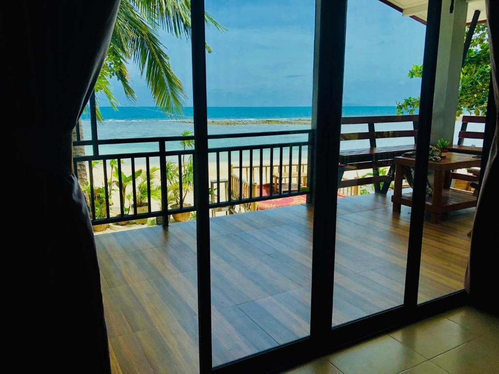 Ein allgemeiner Meerblick oder ein Meerblick von des Resorts aus