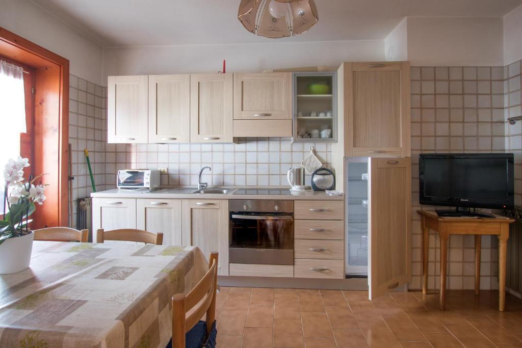 Cucina o angolo cottura di BAITA SOLDANELLA trilo 3/4 PAX