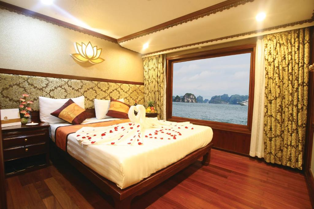 Oriental Sails Cruise, Ha Long, Vietnam - Booking.com