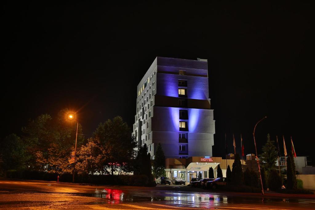 Terra Europe Brontes Hotel Trgovishe Obnoveni Ceni 2020