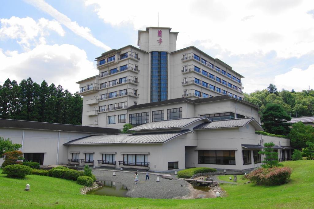 O edifício onde o ryokan está situado
