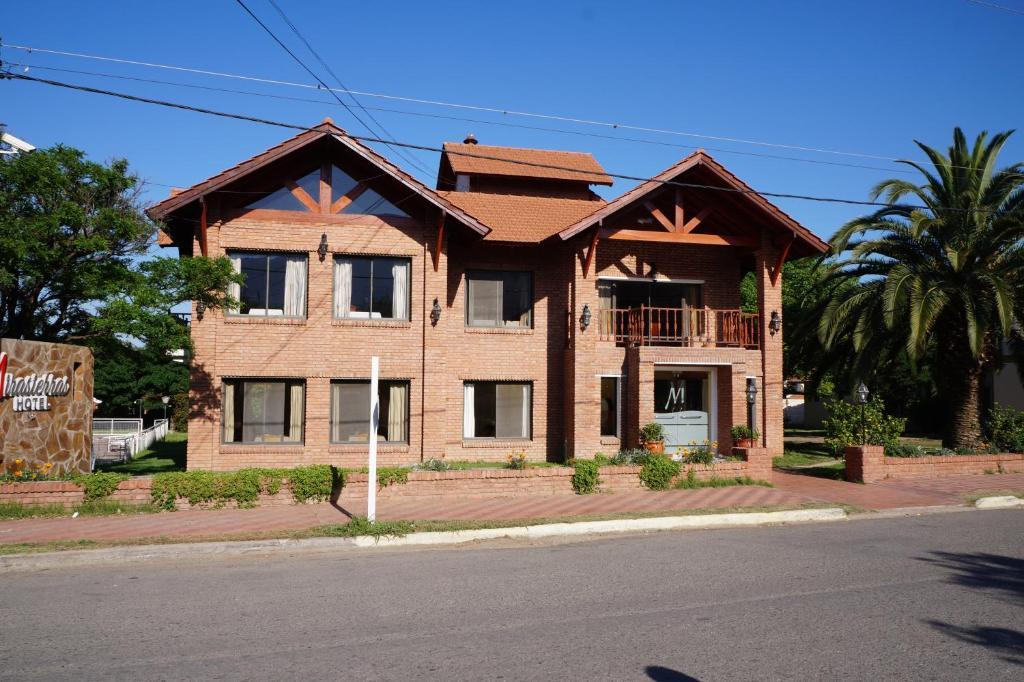 Hotel Mirasierras (Argentina Merlo) - Booking.com