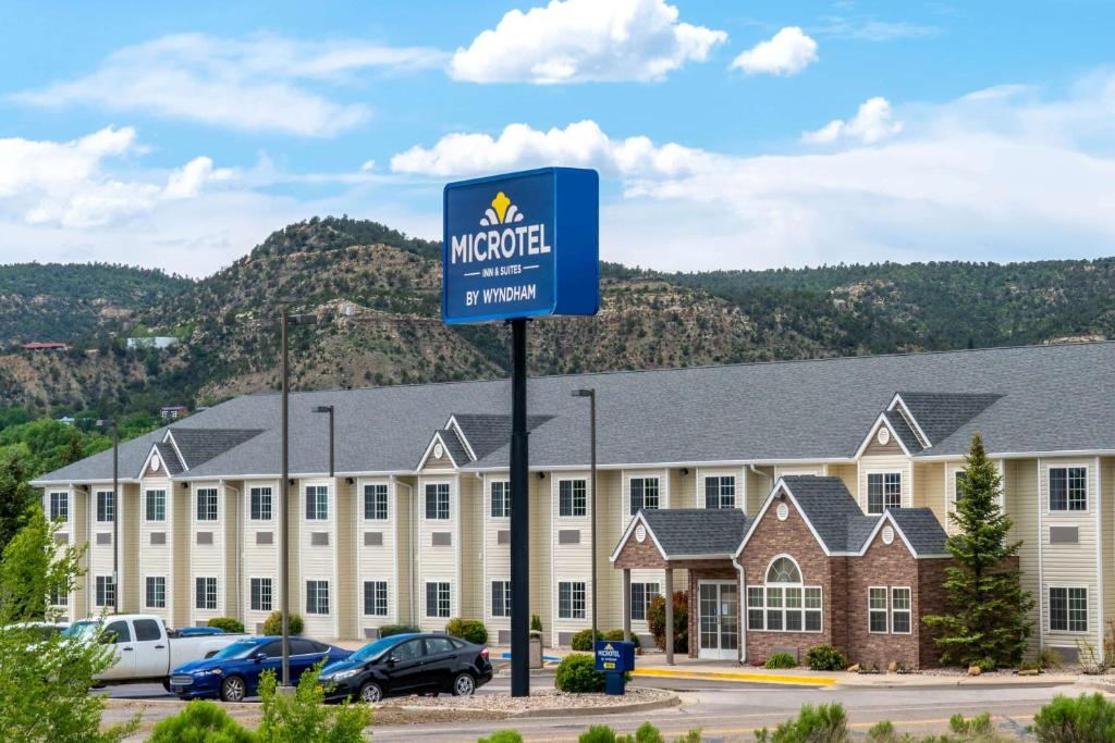 Raton Microtel Inn & Suites