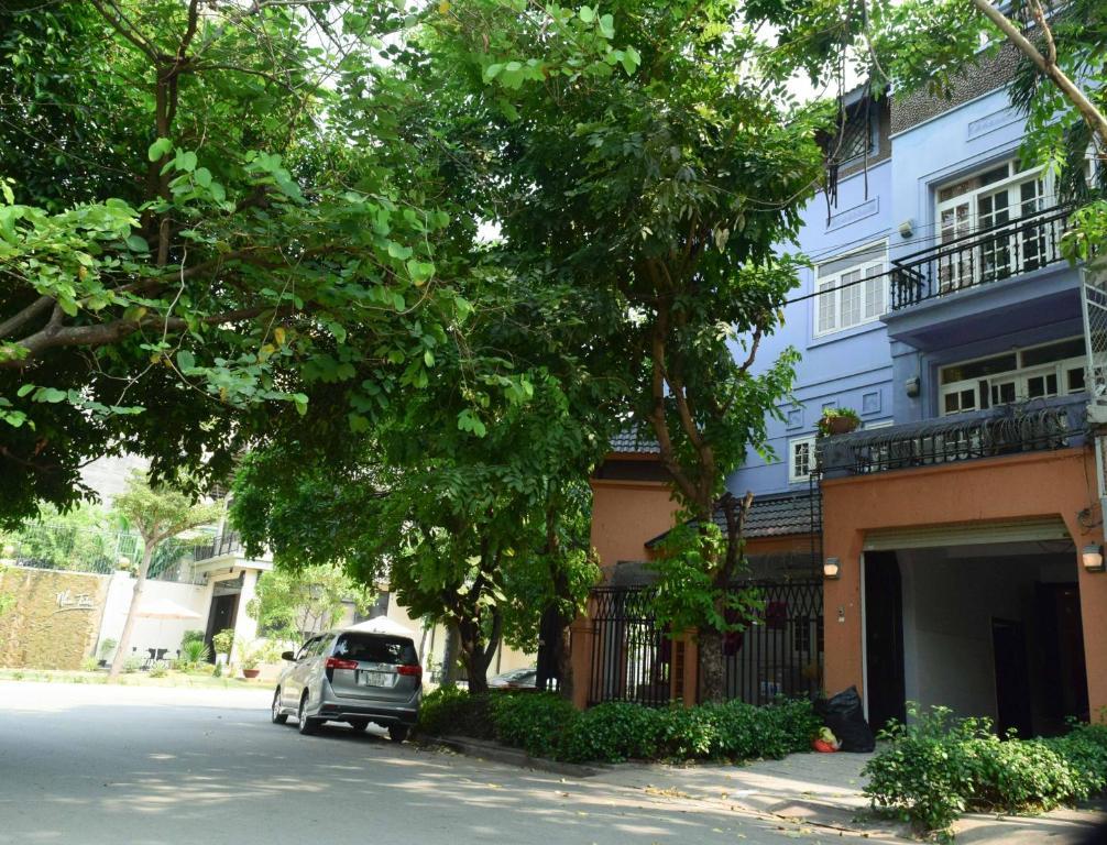 GEM Villa 204 7BRs Riverside View