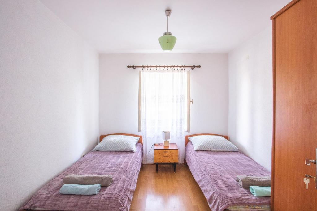 Kristian Apartments