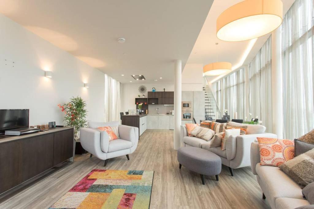 Alloggio In Famiglia Luxury En Suite Double Room W Roof Regno