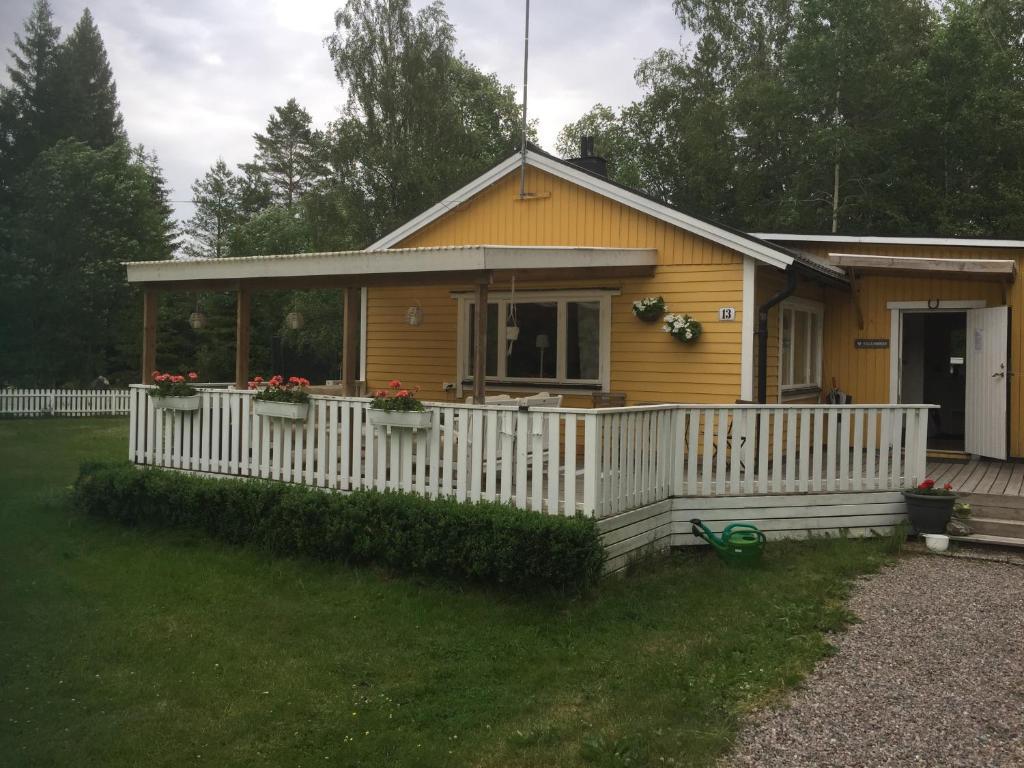 Sexleksaker Lund Rda Sten Thaimassage Mogna Kvinnor