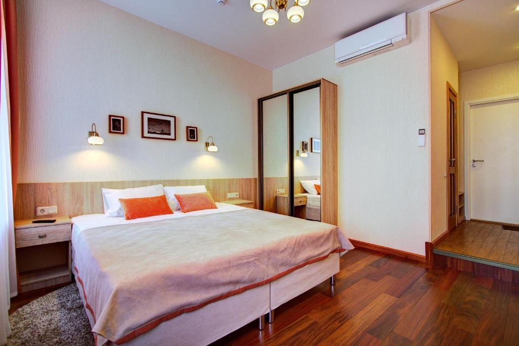 Кровать или кровати в номере Davidov Guest House
