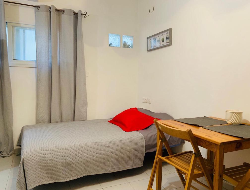 Kikar-Netanya Apartment. Best place in the city.