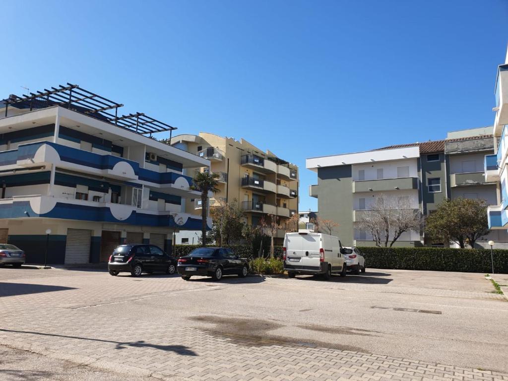 Divani E Divani Montesilvano.Residence I Colori Del Mare Montesilvano Italy Booking Com