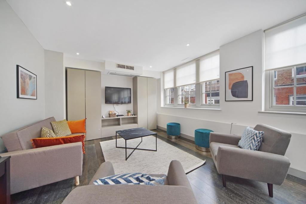 Et opholdsområde på Luxury Westminster Apartment by City Stay London