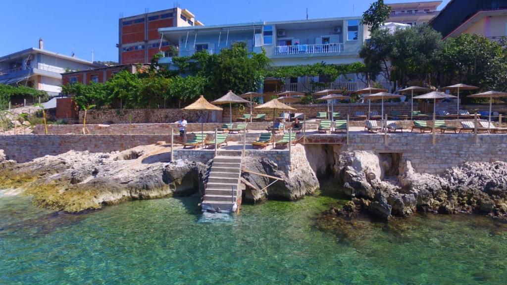 Siro Kerma Private Beach Villa Sarandë Albania Booking