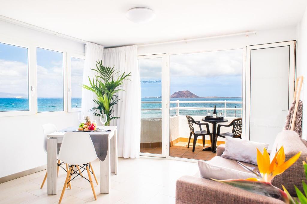 Apartamentos Dunas Club (España Corralejo) - Booking.com