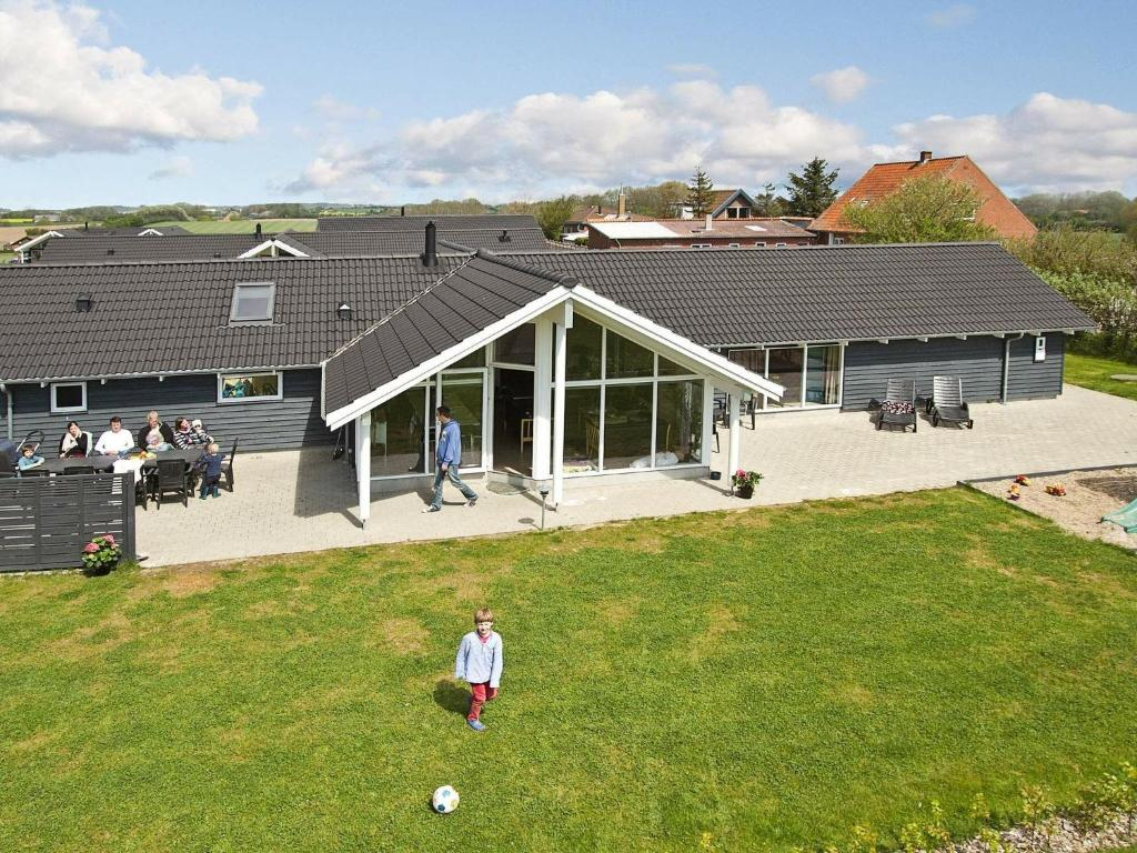 Five-Bedroom Holiday home in Sydals 4