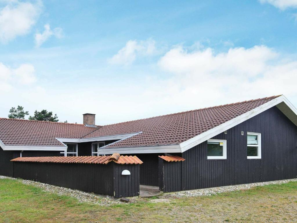 Five-Bedroom Holiday home in Blåvand 19