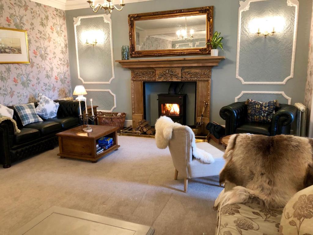 A seating area at Lydford House
