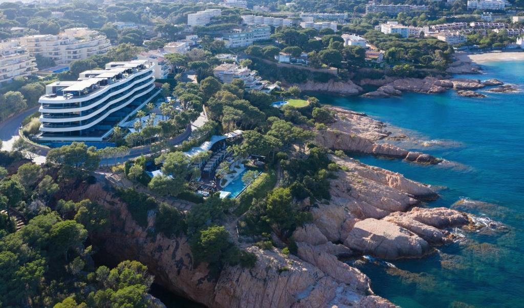 Alàbriga Hotel & HomeSuites GL (España SAgaró) - Booking.com