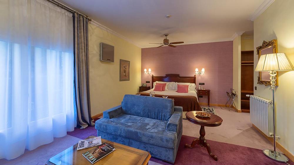 Hotel Los Cinco Enebros (España Robledo de Chavela ...