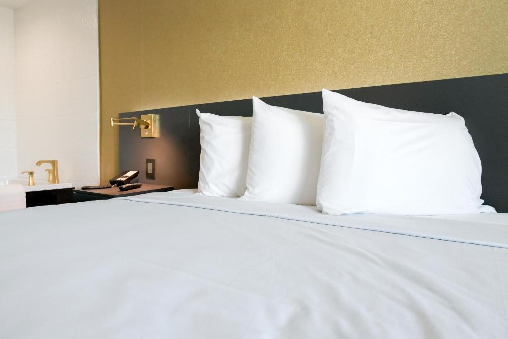 Glen Capri Inn & Suites Burbank