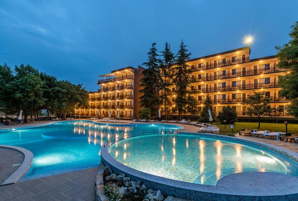 Хотел Белица , Приморско – Обновени цени 2020