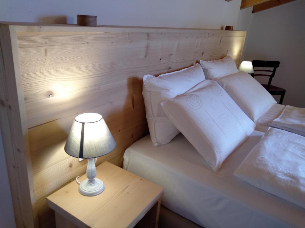 Comune Di Lana Bz bed and breakfast casa dovena, castelfondo, italy - booking