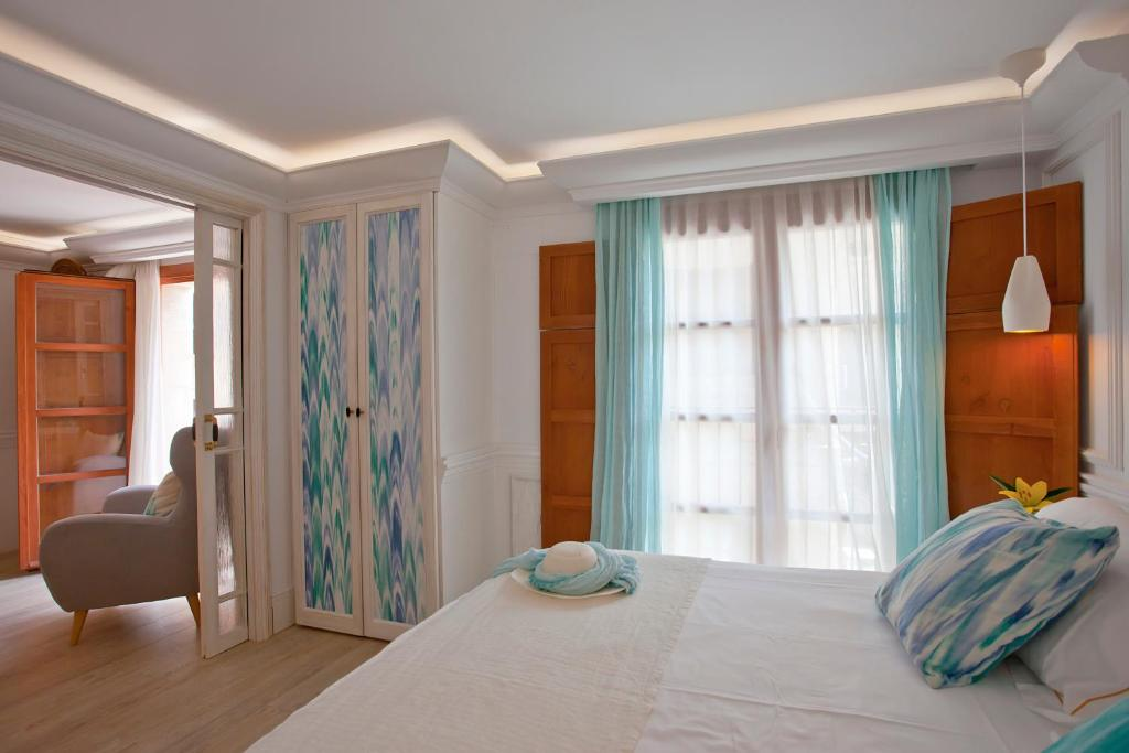 boutique hotels in pollença  38