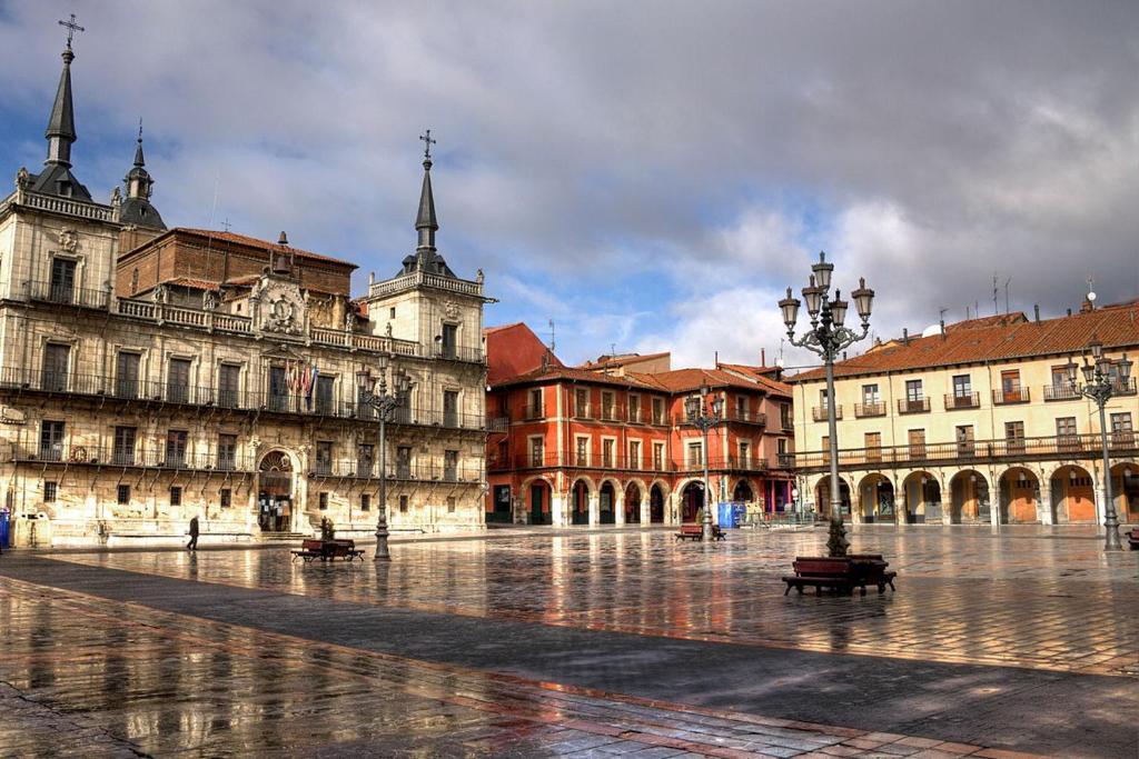 RF Home Plaza Mayor, León – Precios actualizados 2020